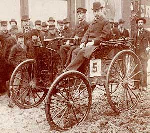 Prima mașină americană